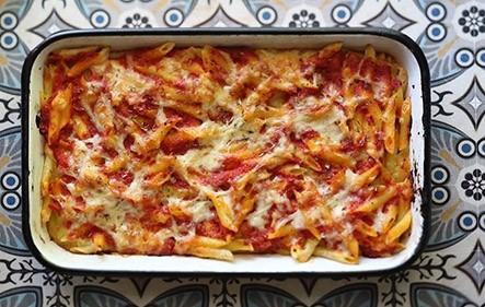 מאפה פסטה ברוטב עגבניות